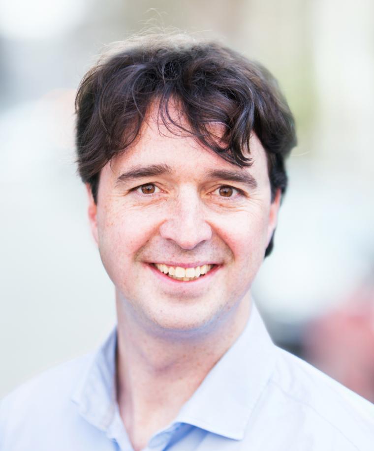 Dr. Joost Raaphorst