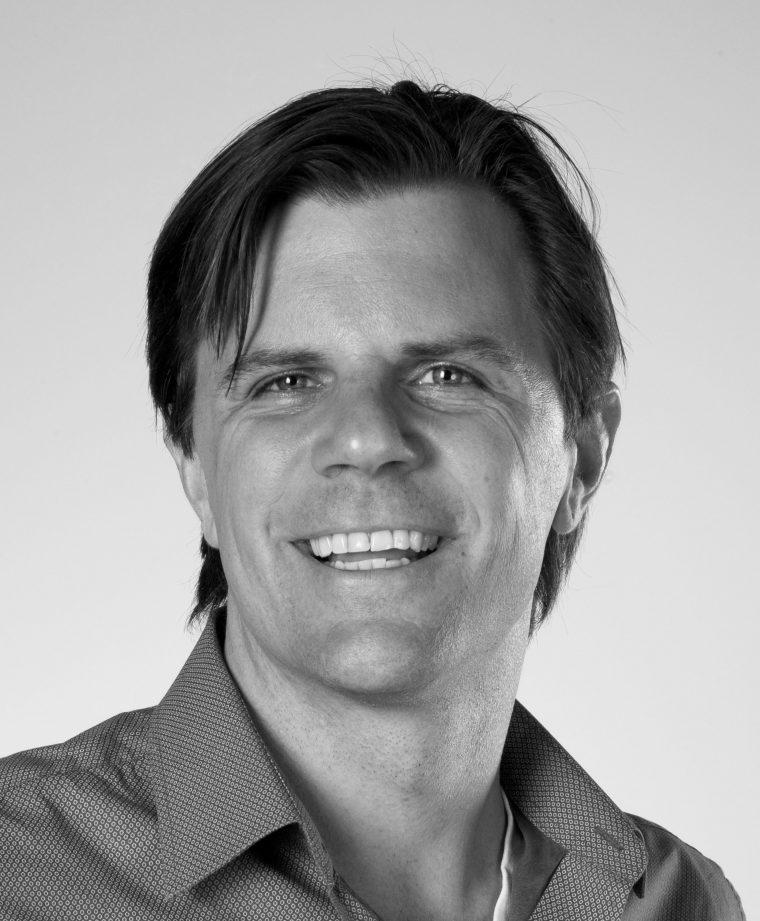 Dr. Michael van Es