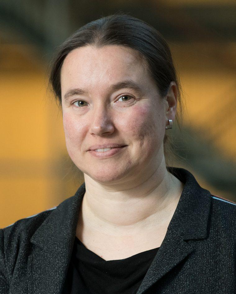 Dr. Nadine A.M.E. van der Beek