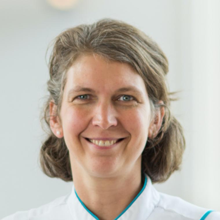 Dr. Nicol Voermans
